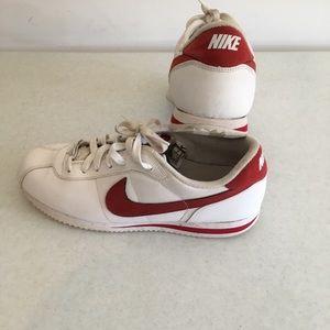 new product 27f12 c5b53 Pre Black Friday Sale Nike Cortez Men's Sneakers